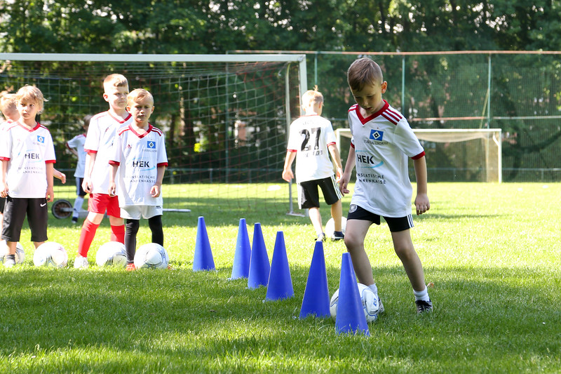 hsv_fussballschule-149_48047991313_o.jpg