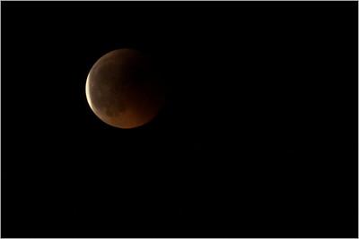 Zatmění Měsíce a noc 15. 6. 2011