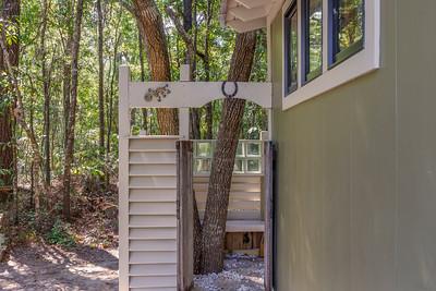 Sheila Harris Airbnb-Exterior Reshoot
