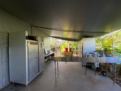 Ai Love Nalo, Back Kitchen Area