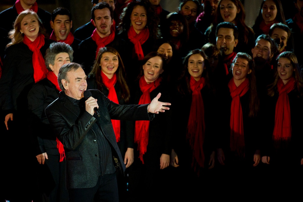 . Neil Diamond performs at the Rockefeller Center Christmas tree lighting, in New York, Wednesday, Nov. 30, 2011. (AP Photo/Charles Sykes)