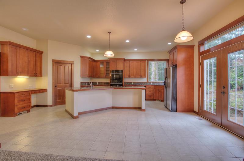 nook and kitchen.jpg