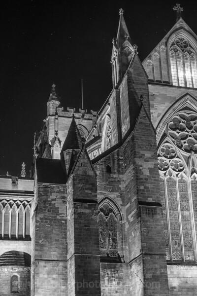 Cathedral at night mono-10.jpg