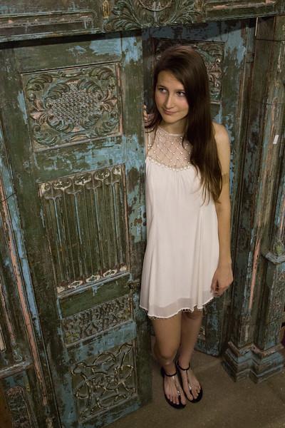 Meagan Senior Pics-1211.jpg