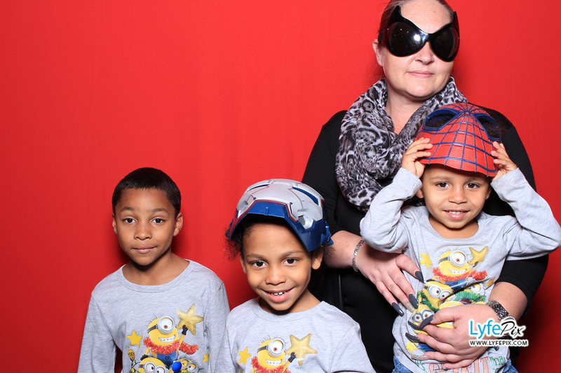 eastern-2018-holiday-party-sterling-virginia-photo-booth-0242.jpg