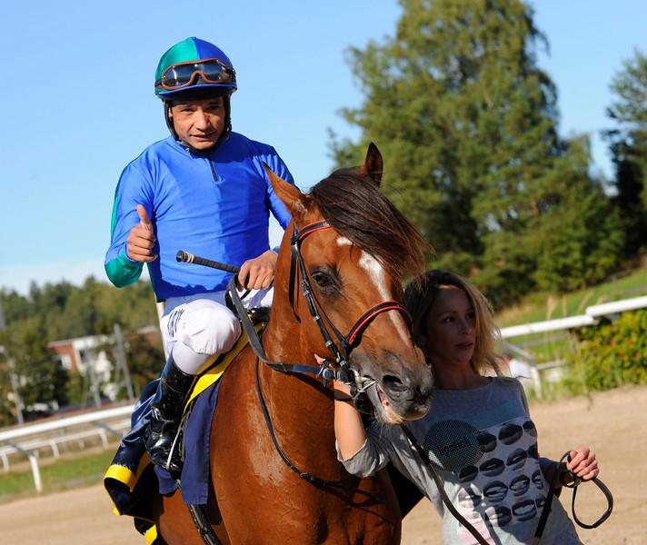 Athlete Del Sol och Carlos Lopez | Täby 150920 | Foto: Stefan Olsson / Svensk Galopp