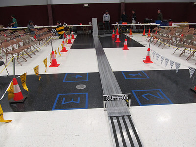 2013_04_05 Southwinds District Pinewood Derby Setup