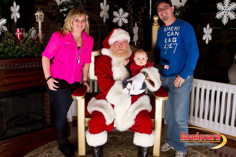 Santa Dec 15-327.jpg