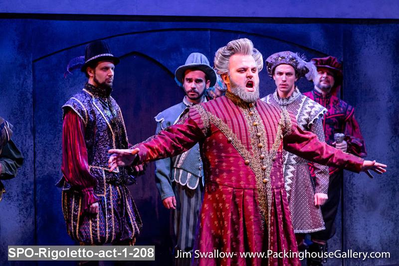 SPO-Rigoletto-act-1-208.jpg