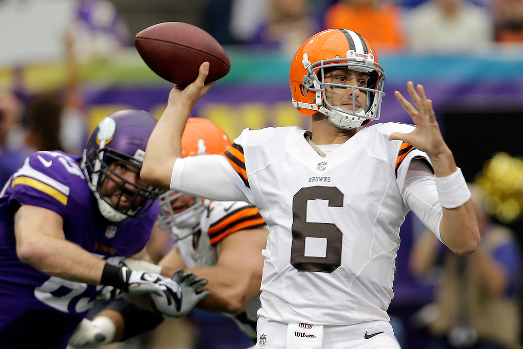 . News-Herald file Cleveland Browns quarterback Brian Hoyer throws a pass during the first half of an NFL football game against the Minnesota Vikings Sunday, Sept. 22, 2013, in Minneapolis.
