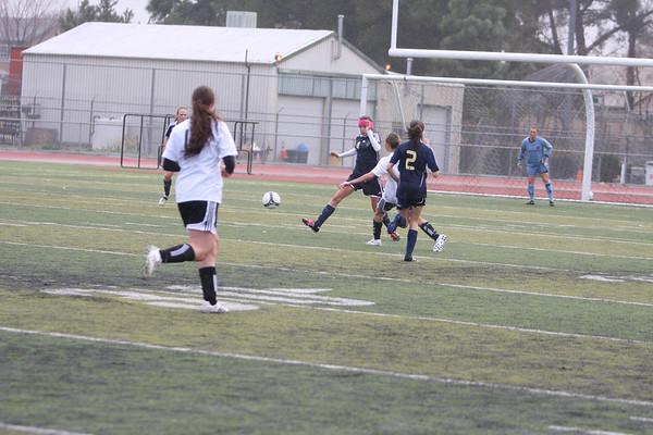 Girls soccer photos 2-07-2010