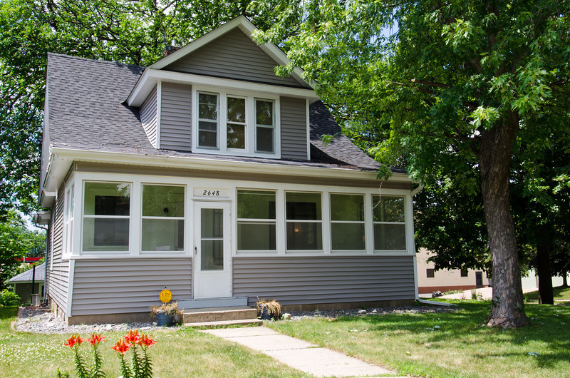 01 Front of House.jpg