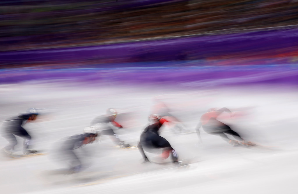 . Skaters race during the men\'s 5000 meters short track speedskating relay heat in the Gangneung Ice Arena at the 2018 Winter Olympics in Gangneung, South Korea, Tuesday, Feb. 13, 2018. (AP Photo/Patrick Semansky)
