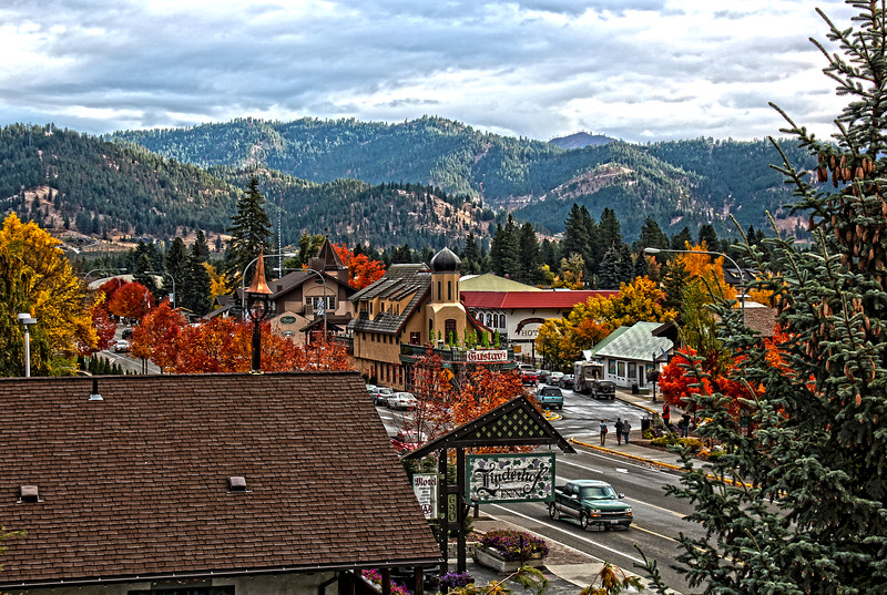 Downtown_Leavenworth_HDR4.jpg