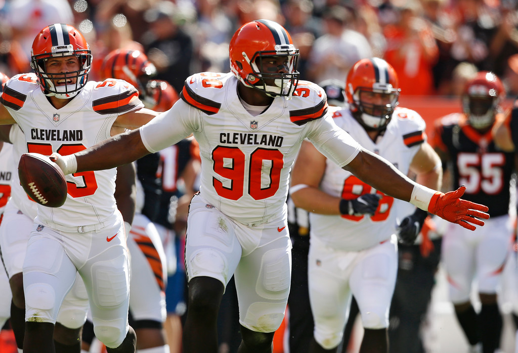 . Cleveland Browns defensive end Emmanuel Ogbah celebrates a fumble recovery against the Cincinnati Bengals in the first half of an NFL football game, Sunday, Oct. 1, 2017, in Cleveland. (AP Photo/Ron Schwane)