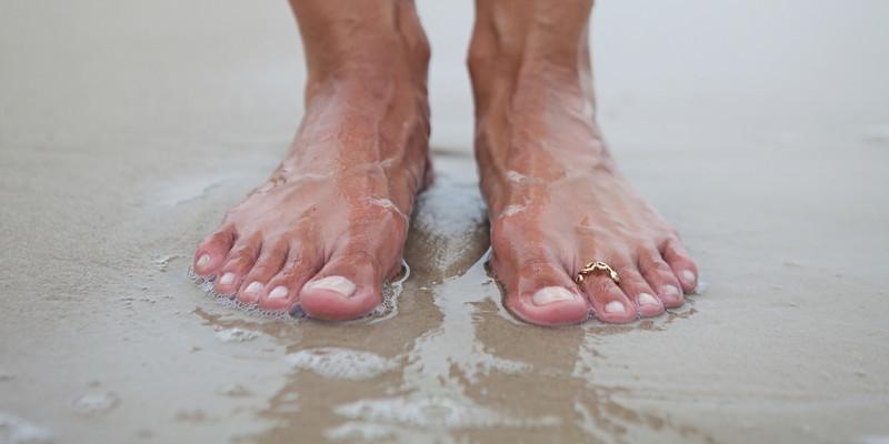 Feet_004.jpg