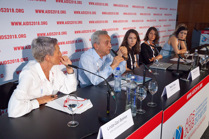 The Netherlands, Amsterdam, 24-7-2018. Press Conference HIV Prevention Highlights Research. L-R Linda-Gail Bekker, Pedro Cahn, Rebecca Zash, Sarah Fidler, Mariana Veloso Meireles, Sharon LewinPhoto: Rob Huibers for IAS. (Please publish always with complete attribution).