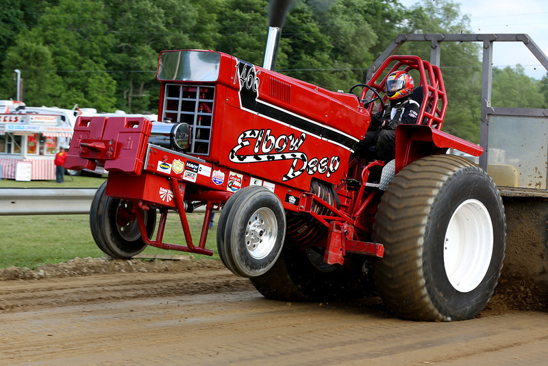 2014 Twin Tier Tractor & Machinery
