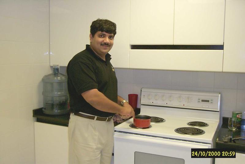 sadaqat-kitchen-1.jpg