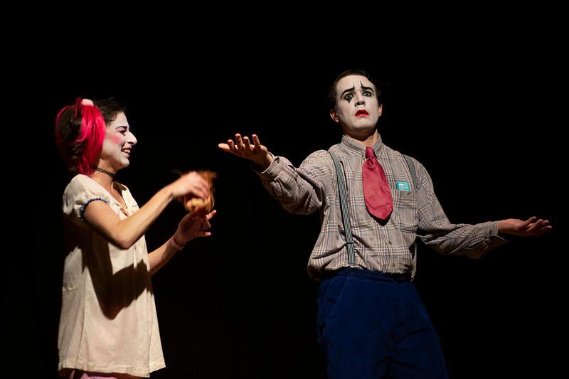 Allan Bravos - essenCIA Teatro - Persona 07-394.jpg