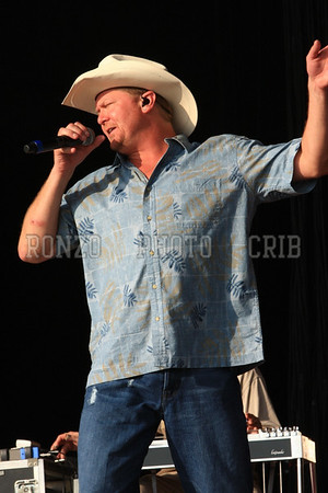 TRACY LAWRENCE 2008
