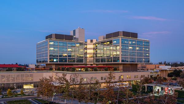 2019-11-25 New Stanford Hospital Exterior
