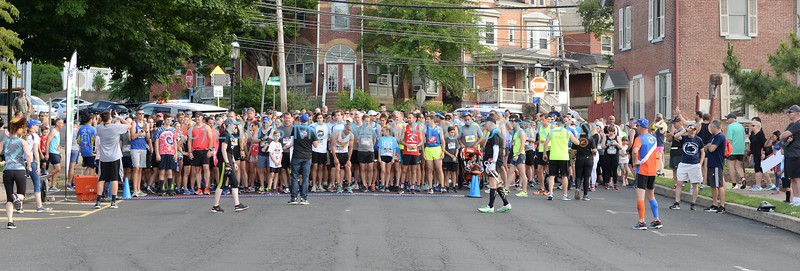 BREAK - FAST  DOYLESTOWN  PA.    5K & 10K  RACE  June 16,2019