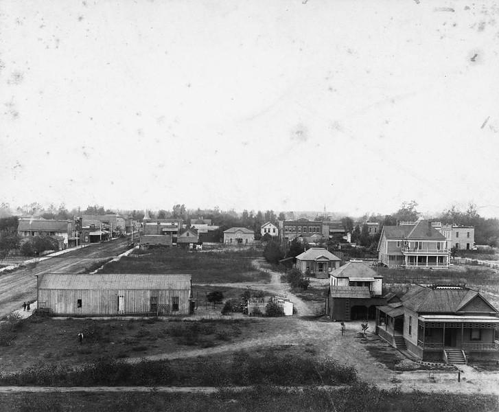 Anaheim-ElevatedViewOfCenterStreet-LookingWest-1891b.jpg