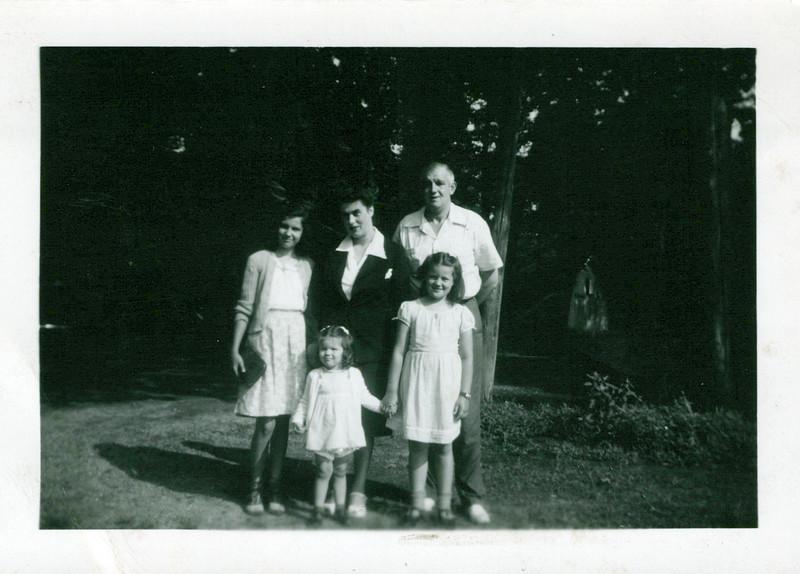1942_single shots_0016_a.jpeg