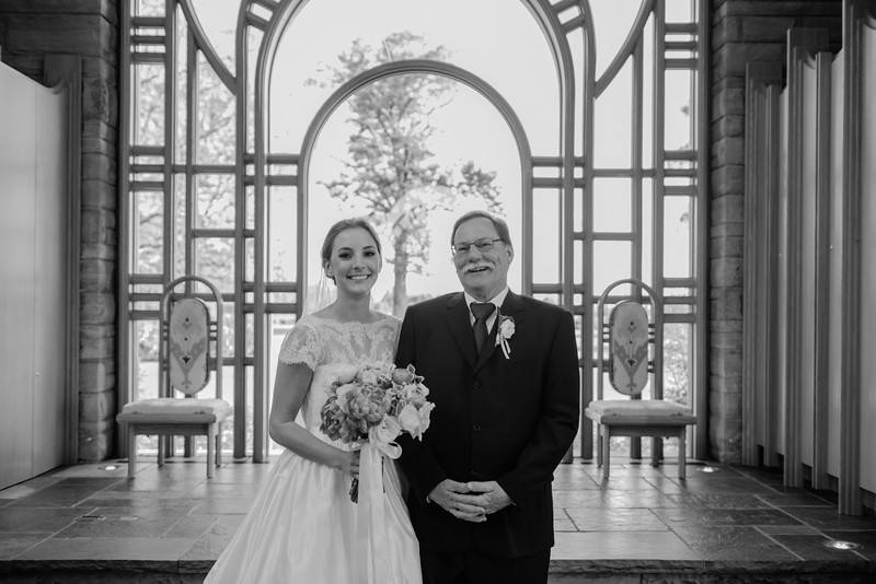 Amy+Andy_Wed-0414 (2).jpg