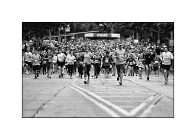 Illinois Marathon in Black and White