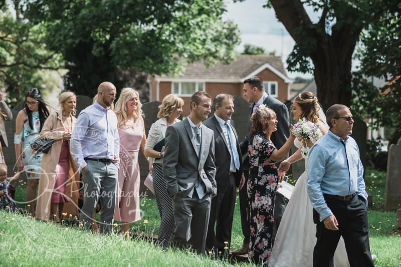 Lauren & Christopher -Wedding-By-Oliver-Kershaw-Photography-134631.jpg
