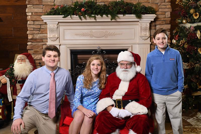 Santa2018.TylerBoye.-78.jpg