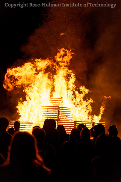 RHIT_Homecoming_2019_Bonfire-7567.jpg