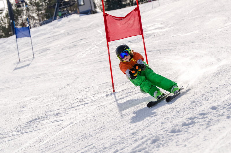 Standard-Races_2-7-15_Snow-Trails-94.jpg