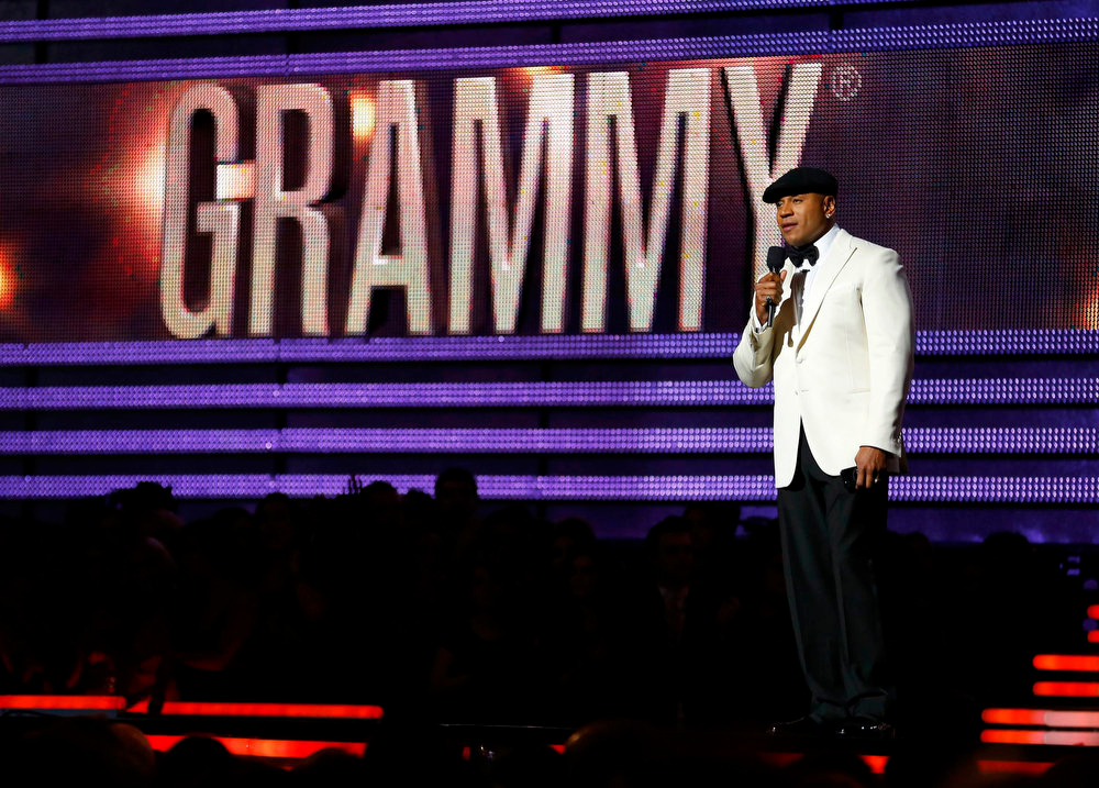Description of . Host LL Cool J speaks at the 55th annual Grammy Awards in Los Angeles, California, February 10, 2013.       REUTERS/Mike Blake