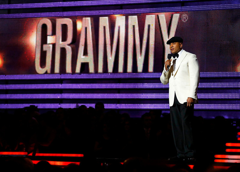 . Host LL Cool J speaks at the 55th annual Grammy Awards in Los Angeles, California, February 10, 2013.       REUTERS/Mike Blake