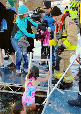 2017-01-01-ALARC Ice Dive - 8:30-8:45