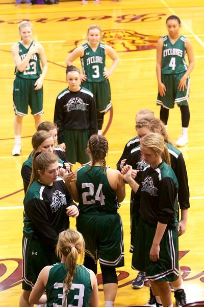 '17 Cyclones Girls Basketball 127.jpg