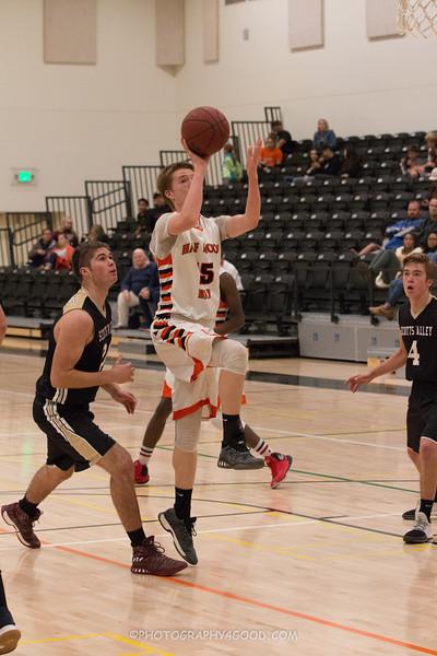 Varsity Boys 2017-8 (WM) Basketball-6216.jpg