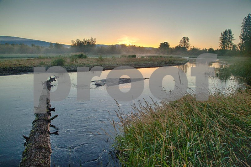 Trout Lake mist sunrise 5154_HDR.jpg