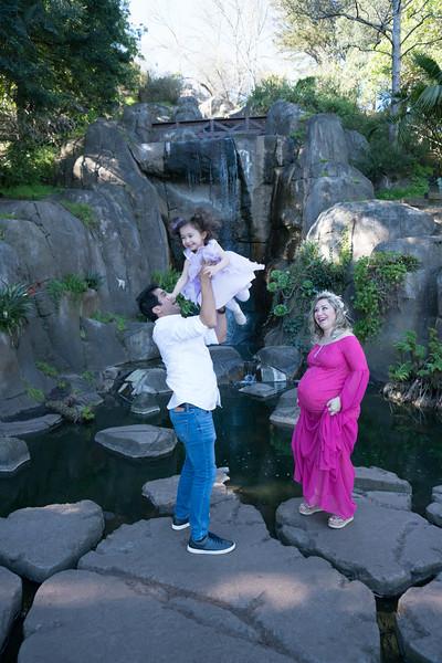 Maternity -08691.jpg