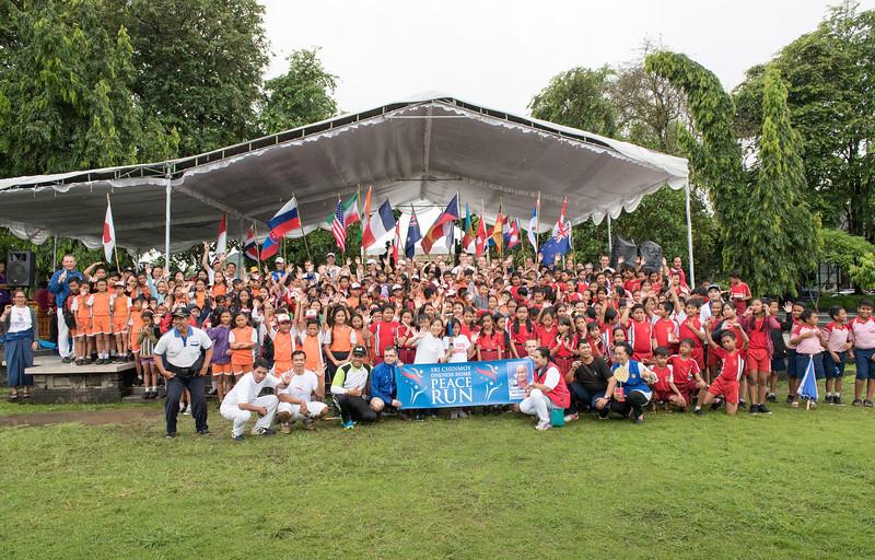 20170202_Peace Run Denpasar w_Mayor_256.jpg