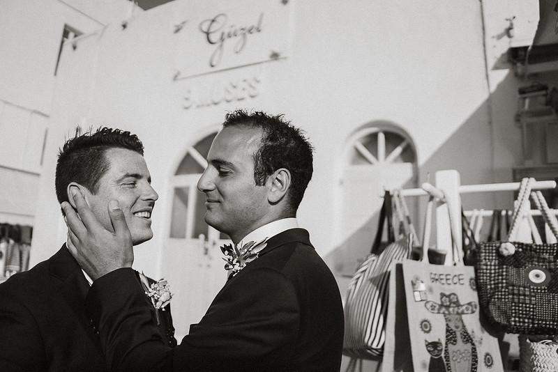 Tu-Nguyen-Destination-Wedding-Photographer-Mykonos-Katherine-Benji-361.jpg