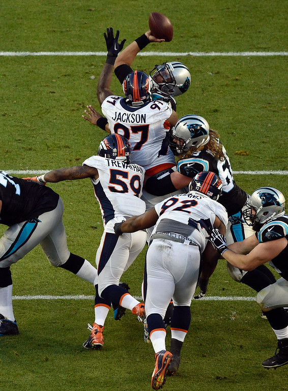 . SANTA CLARA, CA - FEBRUARY 7: Cam Newton (1) of the Carolina Panthers gets pressured by the Broncos defense in the second quarter.  The Denver Broncos played the Carolina Panthers in Super Bowl 50 at Levi\'s Stadium in Santa Clara, Calif. on February 7, 2016. (Photo by Helen H. Richardson/The Denver Post)