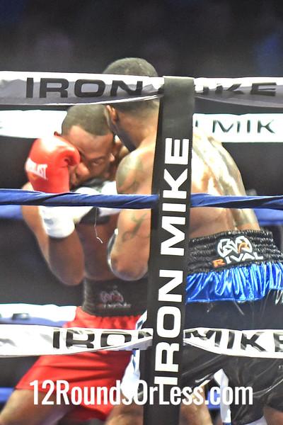 Bout 5 Dominique Dolton(Red Corner), Detroit, MI -vs- Jonathan Batista(Blue Corner), Santo Domingo, D.R., Jr. Middleweights