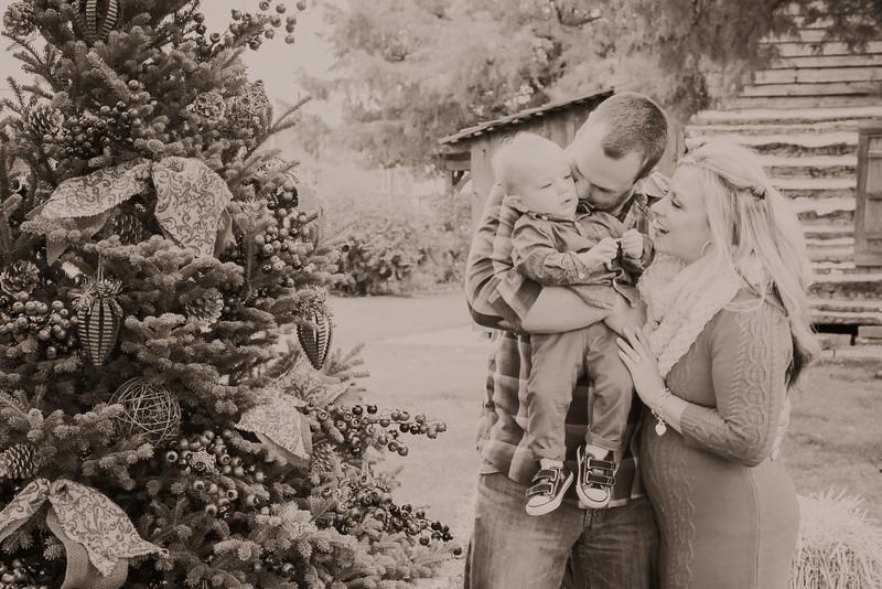 ERIN'S FAMILY X-MAS 2013-21.JPG