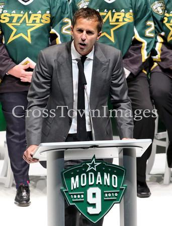 Stars vs Wild Modano Jersey Retirement
