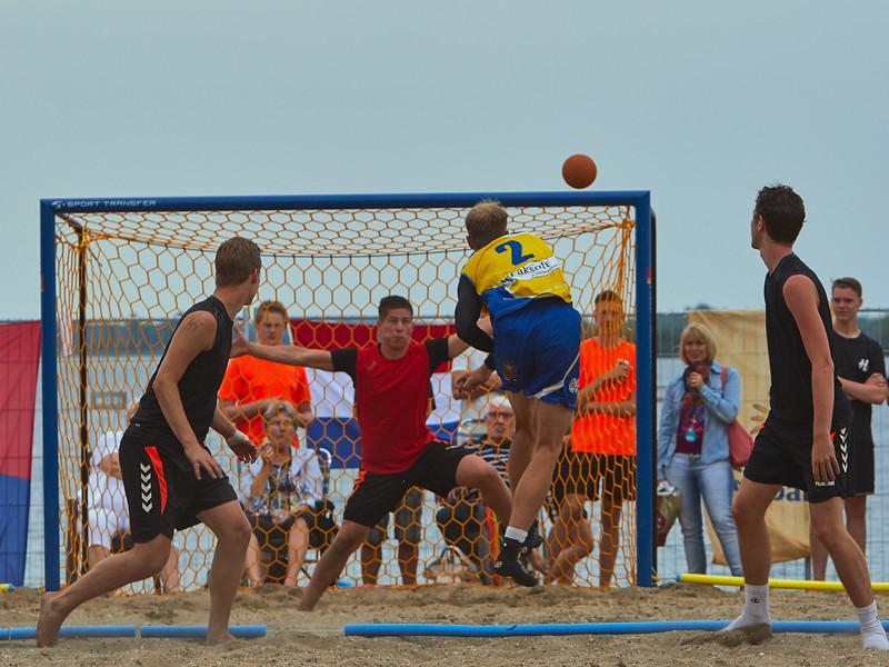 Molecaten NK Beach Handball 2015 dag 2 img 556.jpg
