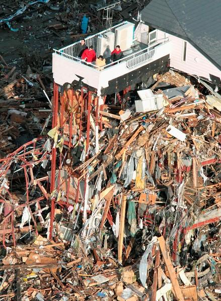 JapanEarthquake2011-217.jpg